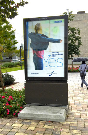 affiche mobilier urbain YES unistra