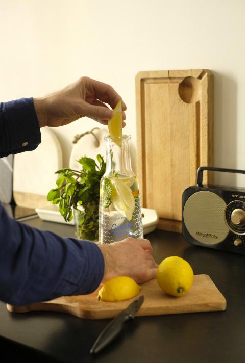 photo Karaf eau de strasbourg citron
