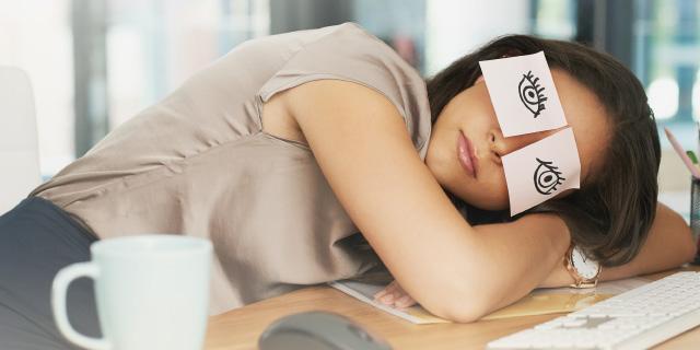 photo femme endormie